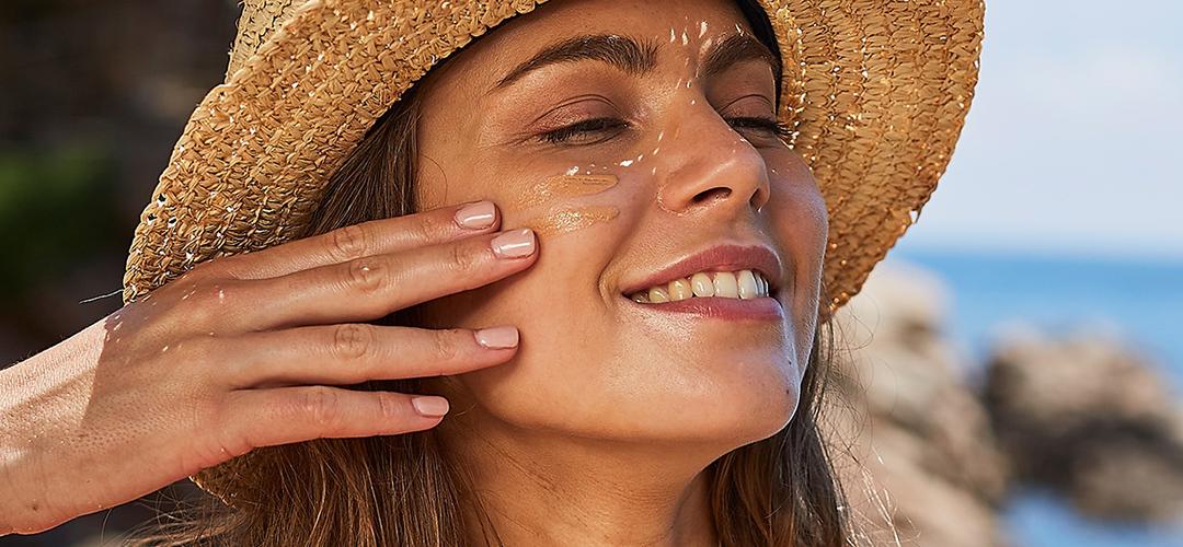 ضد آفتاب فیوژن واتر رنگی ایزدین